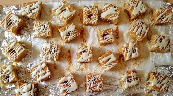 Gluten_free_white_chocolate_and_caramel_blondies