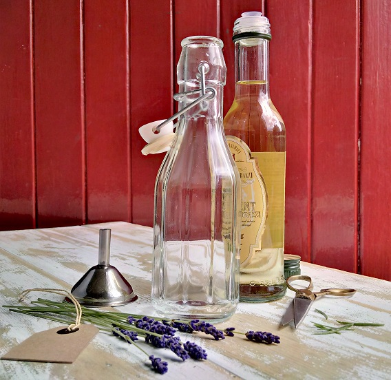 How_to_make_lavender_vinegar