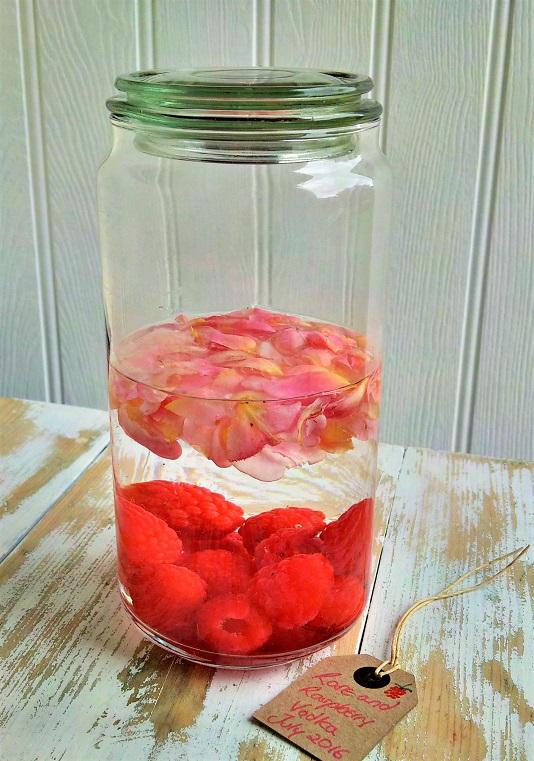 Rose_and_raspberry_vodka_in_preserving_jar