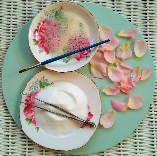 how_to_make_sugared_rose_petals