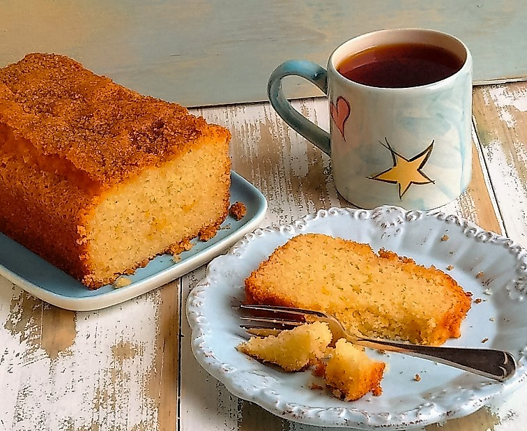 Gluten-free_courgette_and_lemon_loaf_cake