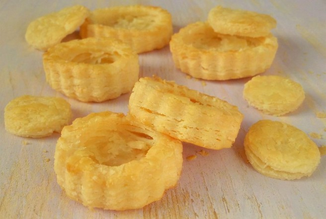 Gluten_free_rough_puff_pastry_baked_layers