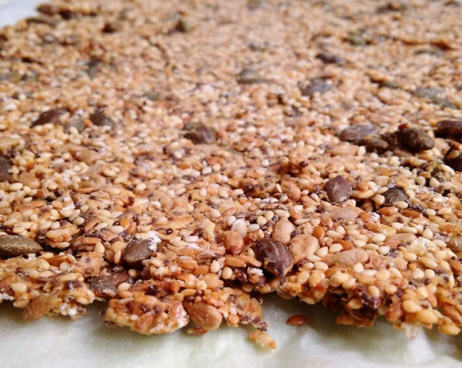 Baked_oat_and_seed_crunchy_mixture