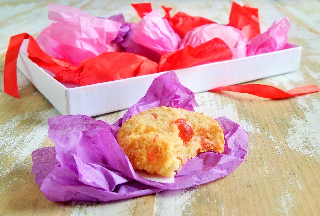 Cherry_almond_amarettis_individually_wrapped_in_tissue_paper