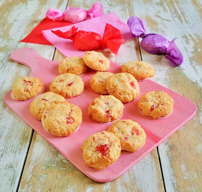 Cherry_almond_vegan_amaretti_cookies