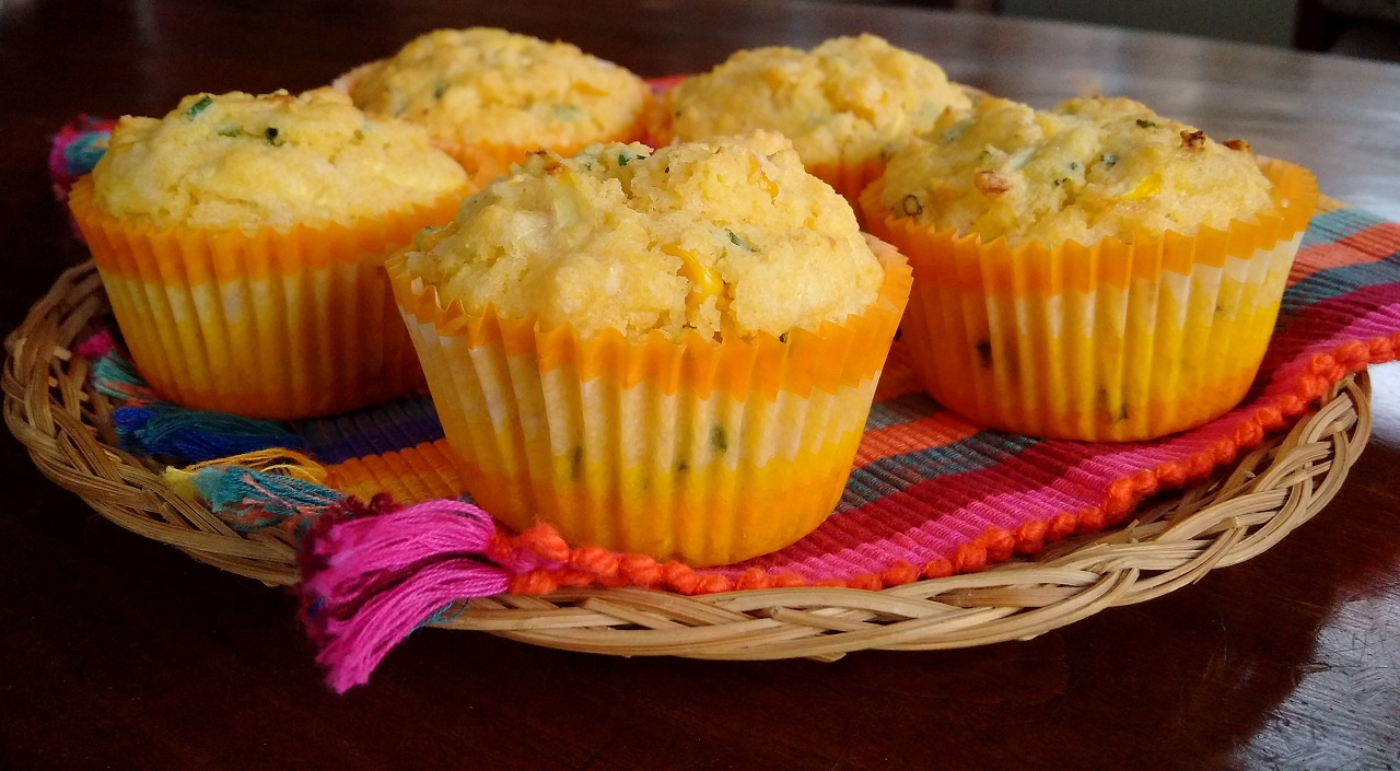 Yellow_courgette_and_corn_muffins