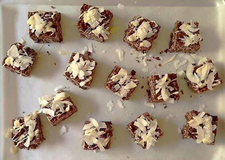 Ready_to_serve_dark_chocolate_granola_ars