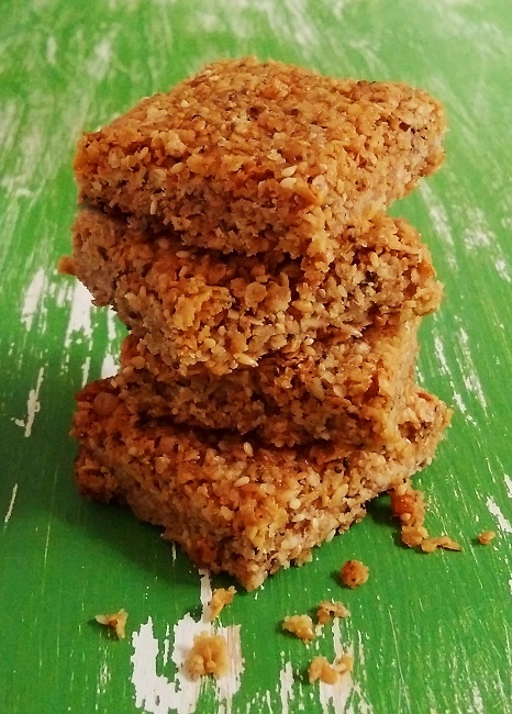 Squares_of_freshly_baked_super-seed_flapjack