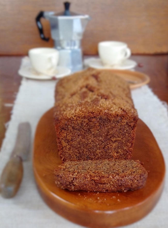 G;uten-free_dairy-free_ coffee_and_pecan_loaf_cake