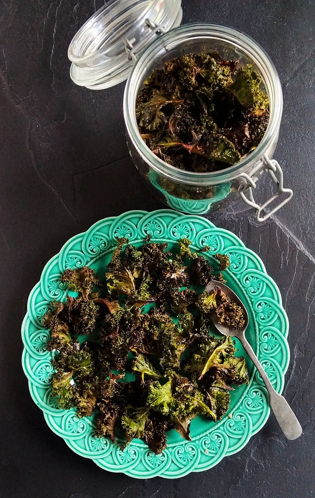 Plate_of_baked_kale_and_storage_jar