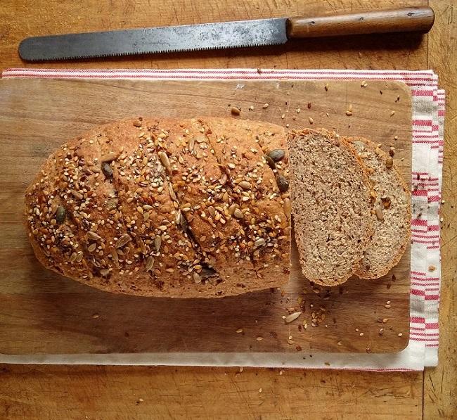Bloomer_shaped_seeded_spelt_loaf