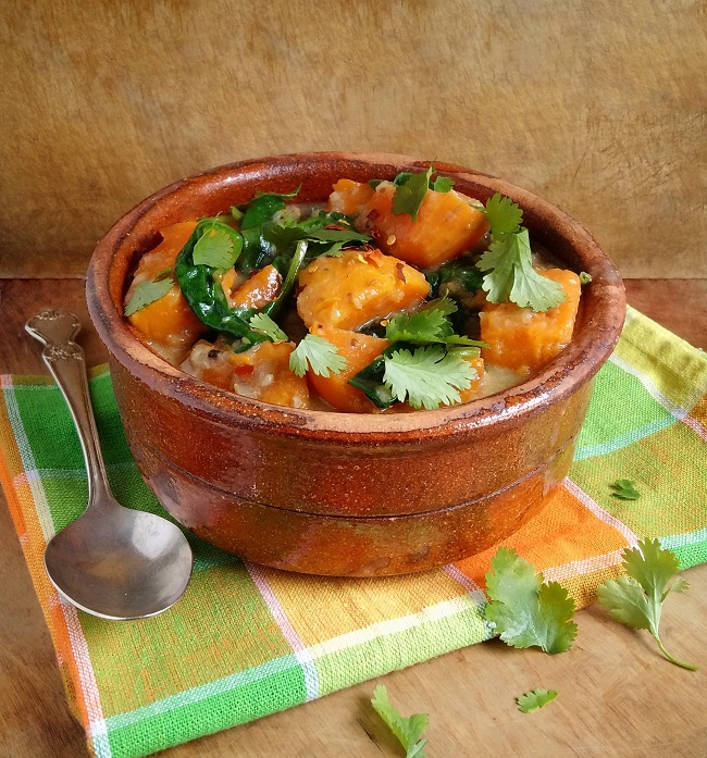 Sweet_potato_spinach_and_coconut_stew