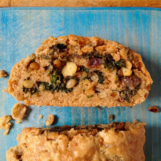 A_slice_of_spiced_chickpea_spinach_and_sorrel_roll