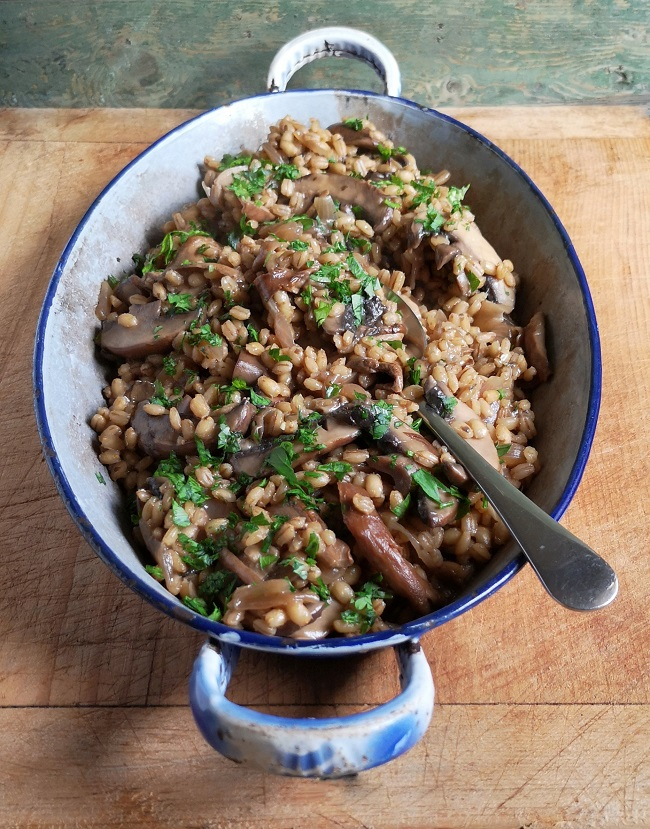 Pearl_barley_and_mixed_mushroom_risotto