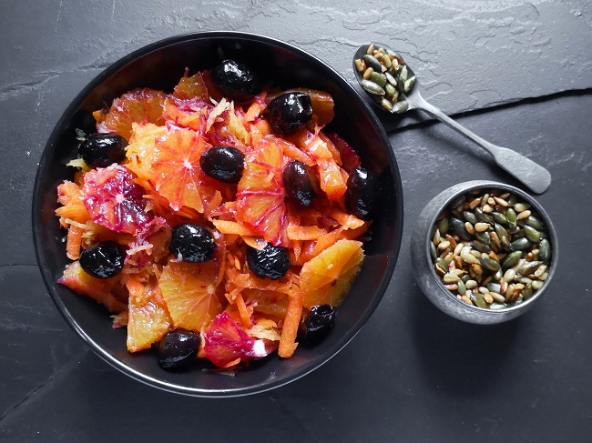 Moorish_red-orange_and_carrot_salad_with_toasted_seeds