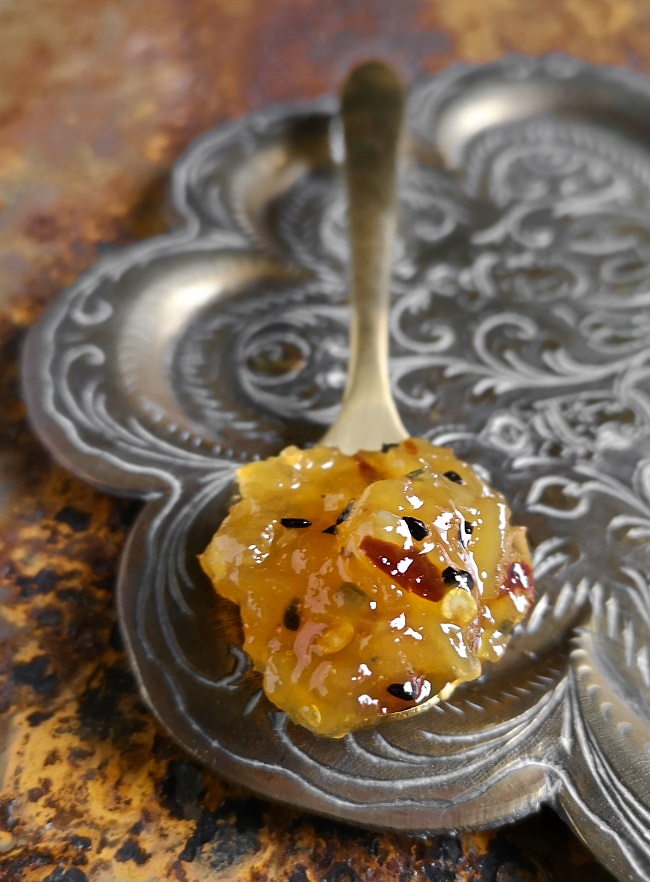Brass_spoonful_of_homemade_mango_chutney