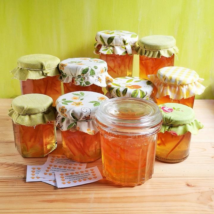 Jars_of_freshly_made_Seville_orange_marmalade