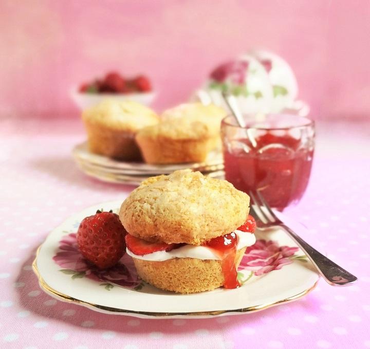 Homemade_gluten-free_dairy-free_vegan_version_of_a_strawberry_shortcake