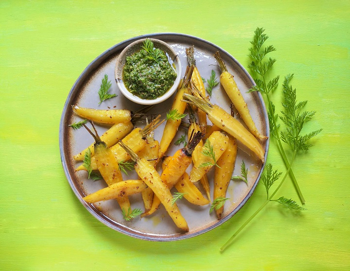 Homegrown_golden_carrots_with_carrot_top_and_coriander_dressing